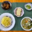 (昼食献立) ・五目寿司ごはん(じゃこ) ・鶏のからあげねぎソースかけ ・豚汁 ・カステラ ・白菜漬け